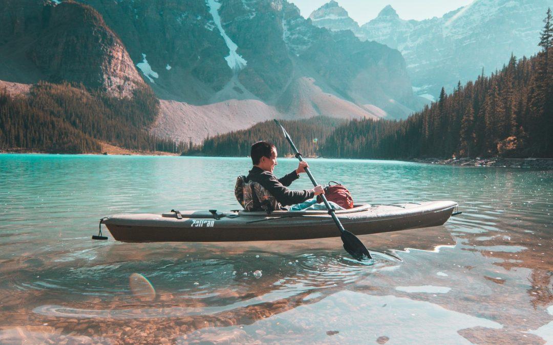 Canoe kayak : Quel est le plus rapide entre le canoë et le kayak ?
