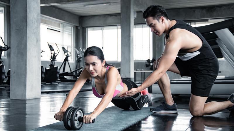 Comment muscler ses abdos en salle de sport?
